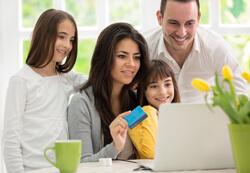Partnerkarten zur Kreditkarte für alle Familienmitglieder